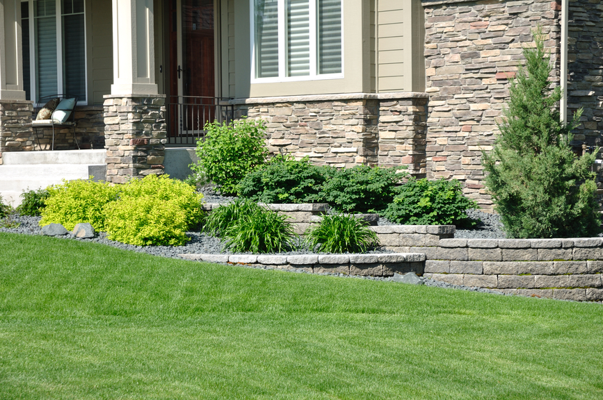 Landscaping Ideas For Backyard With Retaining Wall : Backyard Landscaping Ideas Retaining Walls Landscaping Retaining Walls